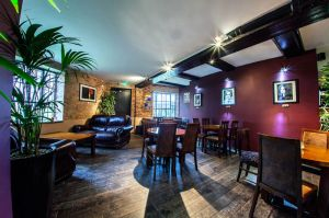 FitzGerald Photographic_Chapter 12 Wine Bar_Sussex Commercial Photographer (1).jpg